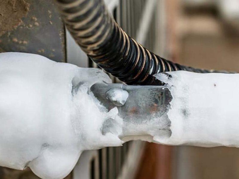 空调铜管结冰
