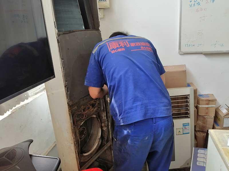 空调跳闸维修